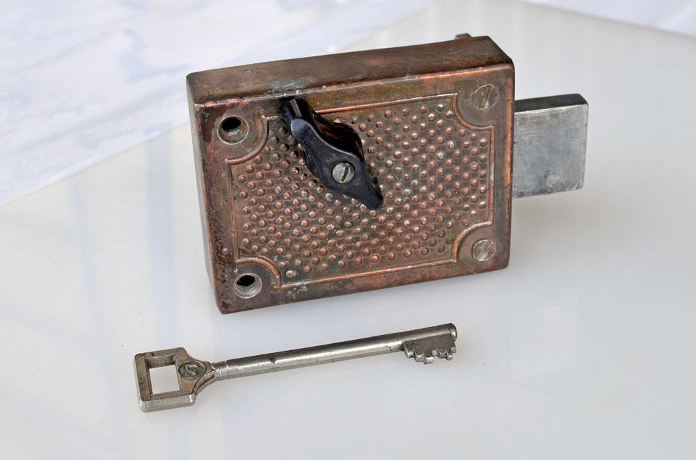 Антикварные замки и ключи на форуме МАСОД